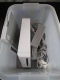 Nintendo Wii White w/ Wires, Power, Wii Sports Resort, Nunchuck Controller