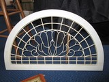 White Wooden Arched Décor Peacock Motif/Wire Frame