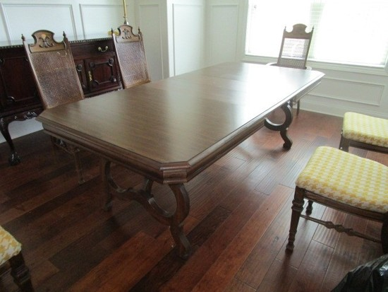 Mid-Century Modern Wooden Dining Table Extendable w/ Ornate Curled/Carved Legs