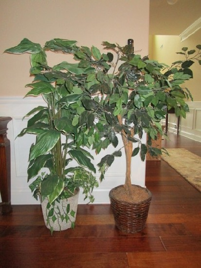 "Lot - Grey Ceramic Planter 9 1/2"" H w/ Faux Plant & Wicker Basket w/ Faux Ficus Tree, Total 4' Tall"