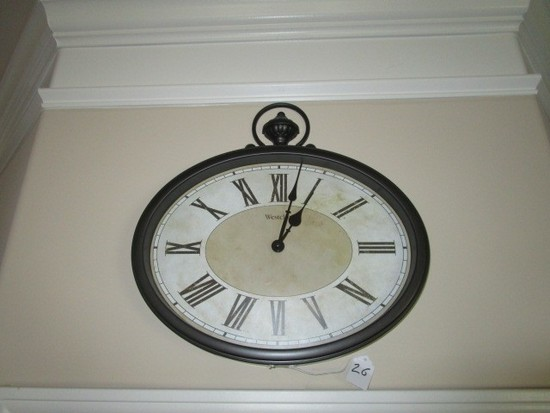 Westclox Oval Clock w/ Scalloped Urn Finial