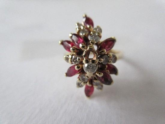 Ladies 14K Yellow Gold Ruby & Diamond Fashion Ring