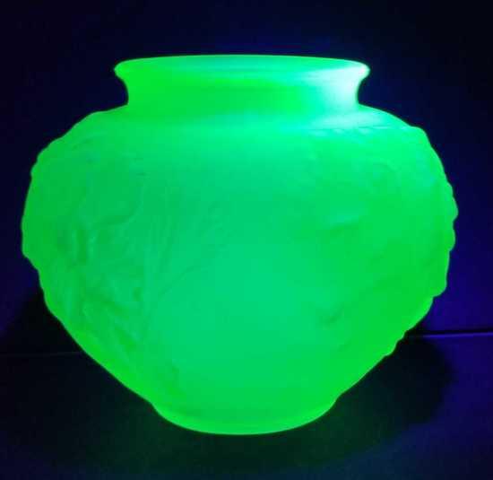 Uranium Satin Green Glass Vase w/ Floral Motif, Wide Body