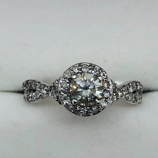 ONLINE JEWELRY AUCTION ONSITE IN TAYLORS #7780