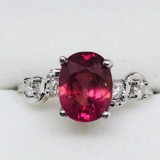 10K White Gold Ruby 1.7ct Diamond 0.22ct Ring