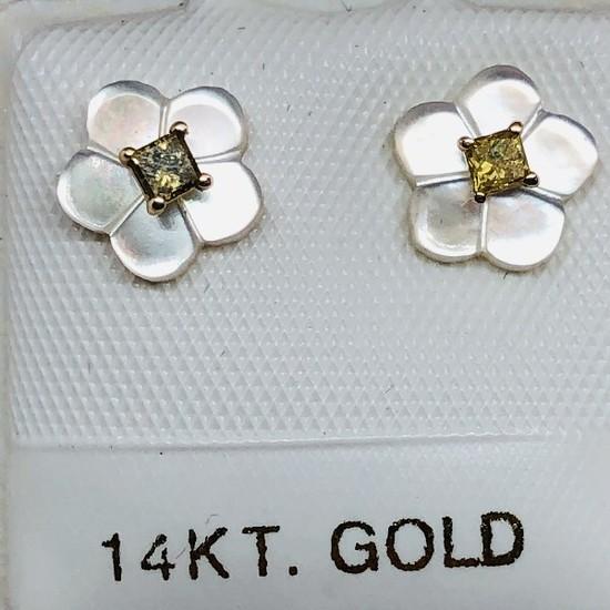 14K Yellow Gold Yellow Diamond 0.09ct w/ Mother Of Pearl Earrings