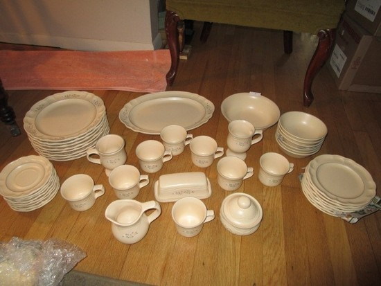 Pflatzgraff Ceramic Floral/Scalloped Rim Lot