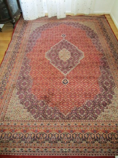 Red Ornate Pattern Floor Rug w/ Tassel