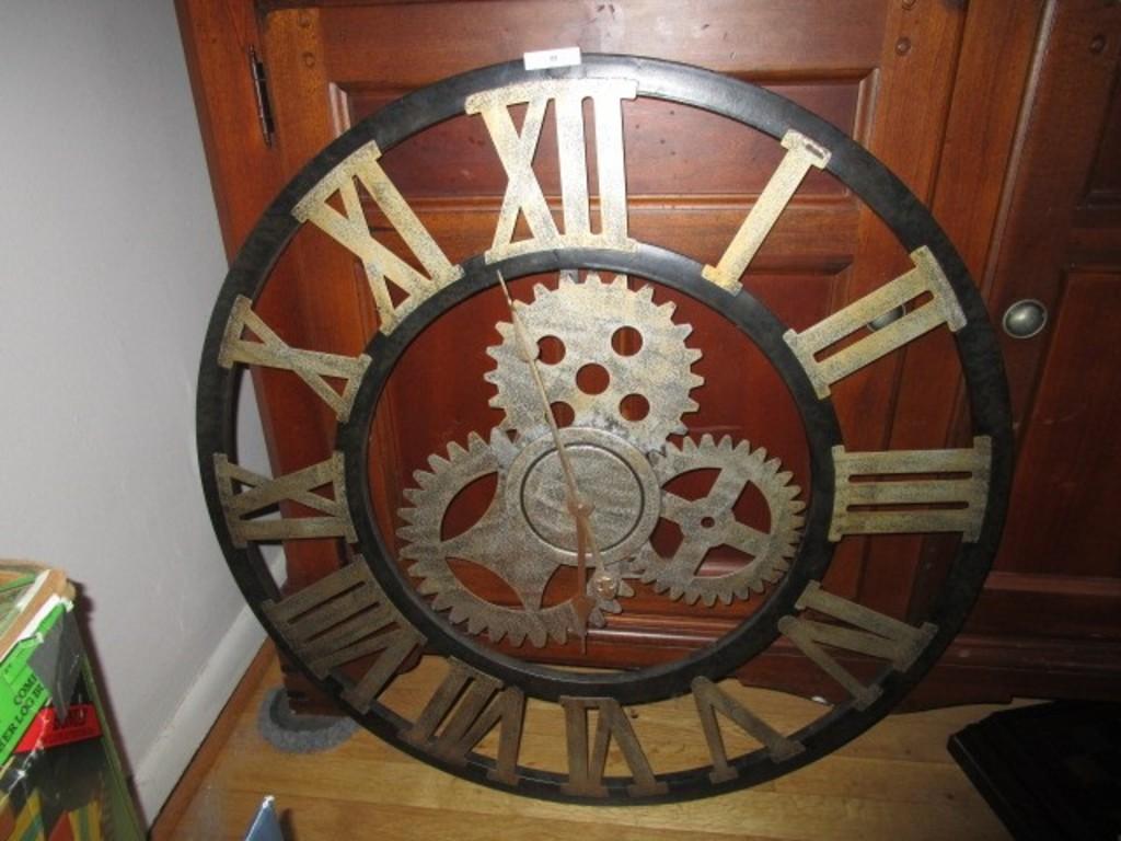 Large Metal Brass Paulina Cog Design Wall Clock Battery Powered