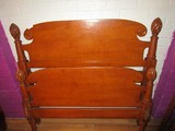 Wooden Head/Footboard w/ Rails, Curled Top, Black/Spindle Columns w/ Pineapple Finials