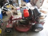 Briggs & Statton 8HP Riding Lawn Mower Hi-Vac