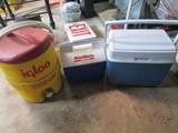 Mint Make by Igloo Cooler, Mini Coleman Cooler, Igloo 2 Val Drink Cooler/Dispenser