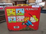 Vintage Thermos Peanuts Tin Lunch Box w/ Handle