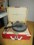 Sears Silvertone Vintage Record Player in Red/White Case, Player Loose