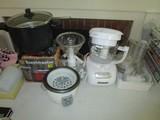 Kitchen Aid Blender, Black & Decker Slow Cooker w/ Accessories, Toast Masters, Etc.