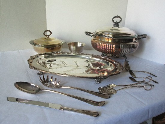 Lot - Silverplate Sheridan Silver Co. Footed Covered Casserole Server