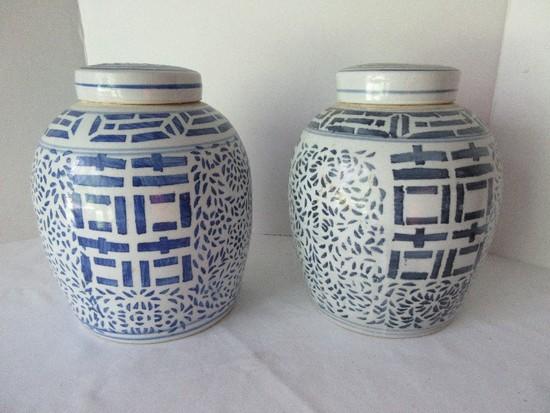 Pair - Porcelain Chinese Design Blue & White Ginger Jars w/ Lids