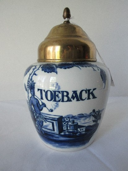 Zenith-Gouda Delft Blue Toeback Pipe Tobacco Jar Holland Native Smoking Pipe Design