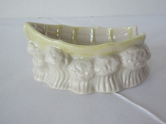 Eminent Belleek Ireland Porcelain Giftware Yellow Lustre Row Boat & Wave Swells Trinket Dish