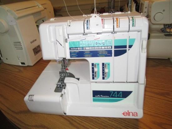 Elna Auto-Tension 744 Sewing Machine Serger