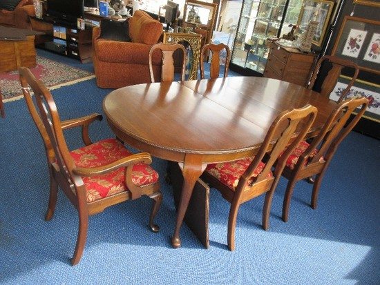 Exquisite Pennsylvania House Solid Cherry Queen Anne Style Dining Table w/ 2 Leaves, 6 Chairs