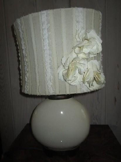 Round Body Ceramic/Crazed Lamp w/ Wood Neck/Base w/ Fabric Trim Shade