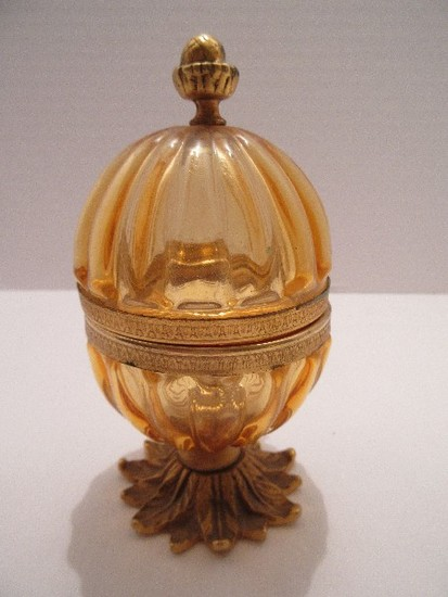 Amber Ribbed Design Hinged Trinket Egg on Brass Tone Foliate Base & Acorn Finial