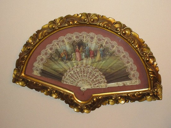 Beautiful Hand Fan Victorian Era Style People & Garden Scene