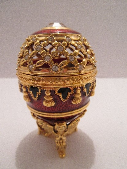"""Faberge Style Egg Imperial Treasures II Collection by Joan Rivers """"The Potpourri Egg"""""""