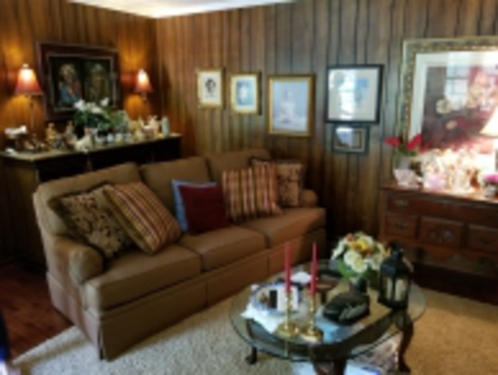 ONLINE ESTATE AUCTION 1 OF 3 IN SIMPSONVILLE #7817