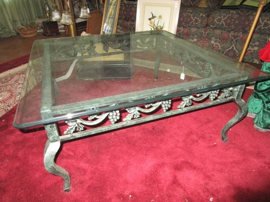 Low Coffee Table Antique-Design Metal Body Berry/Foliage Motif Skirt w/ Glass Top