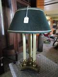 Scallop 3 Column Design Desk Lamp w/ Green Shade