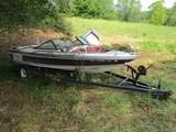 Dixie SC-9786-AG Speedboat on Black Metal Boat Trailer