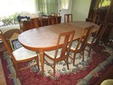 Wooden Dining Table Rounded Ends w/ 2 Leafs w/ 8 Chairs
