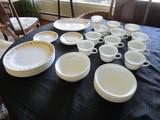 Corelle by Corningware Lot - Amber Floral Pattern Trim, 11 Plates 10 1/4