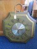 Westclox No-Cord Electronic Wall Mounted Clock Green Motif