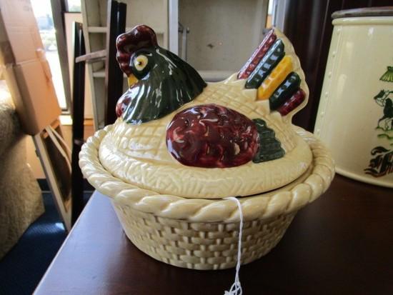 Poppytrail by Metlox Ceramic Homestead Pattern Vintage Hen on Nest