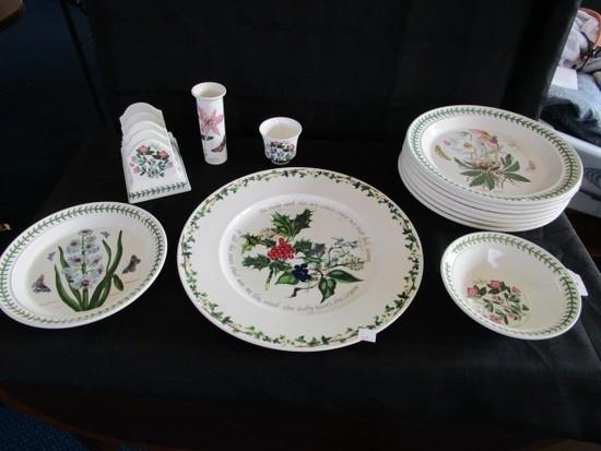 "The Botanic Garden Circa 1818 Portmerion Lot - 7 Plates 10 1/2"" D, Serving Plate 13"" D"