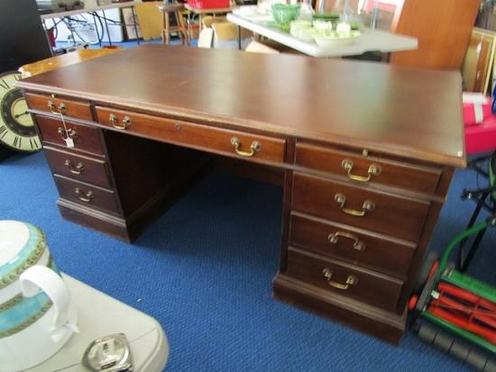 Hooser Desk Wooden Executive Desk Brass Pulls, 9 Drawers, 1 Lock No Key