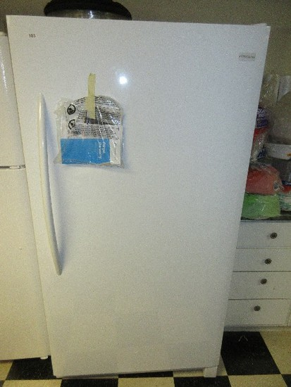 White Frigidaire Upright Freezer 16.6cu.ft. Model #LFFH17F3 w/ Lock & Key