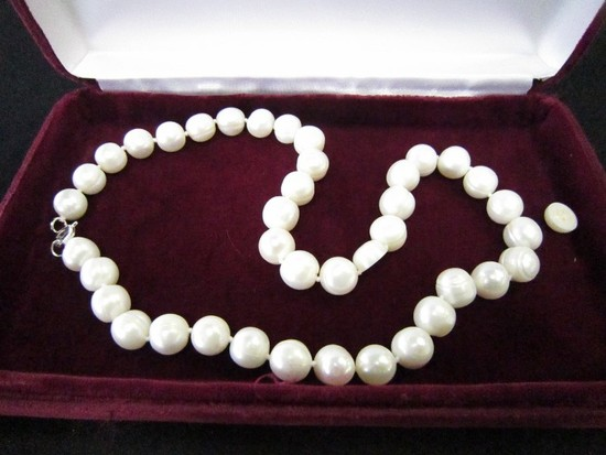 925 Stamped Clasp Pearl Necklace