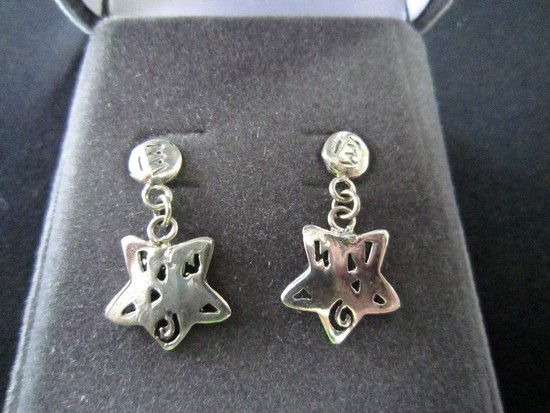 Pair - Star Design 925 Earrings