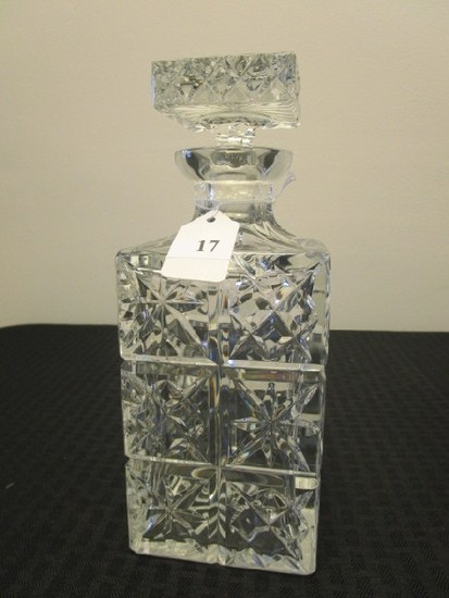 Lead Crystal Glass Star/Prescut Design Decanter, Star Cut Stopper/Base
