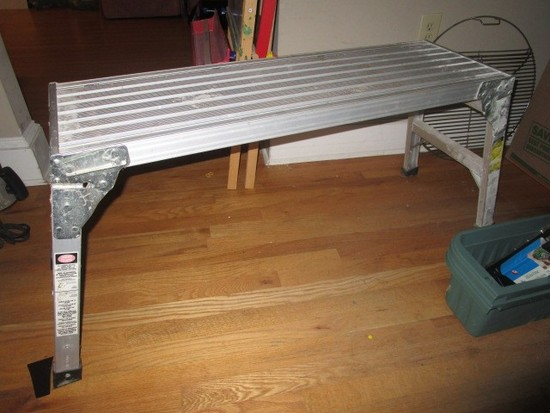 Folding Metal Work Bench