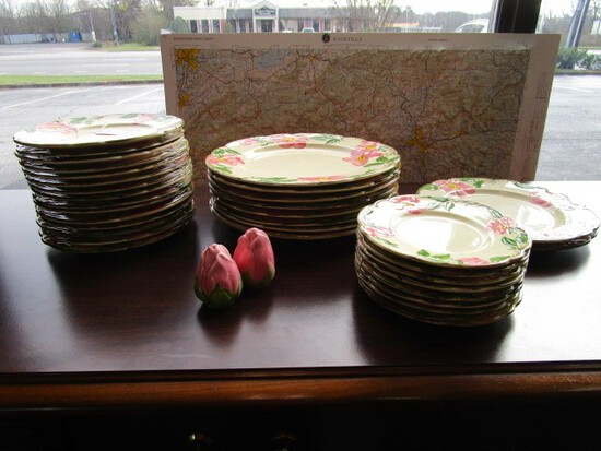 Franciscan Earthenware Desert Rose Pattern Lot