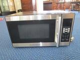 Black & Decker Metal Microwave 700W