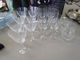 Glass Lot - 6 Wine Glasses 6