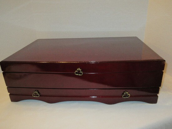 Rosewood Lacquered Silverware Chest