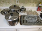 Lot - Pots/Pans, Sauce Pans, Baking Trays, Etc.