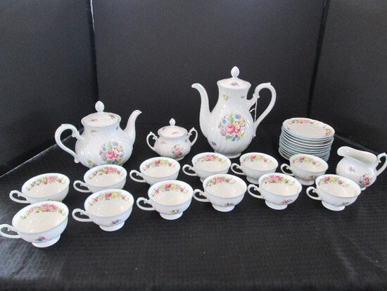 Johann Haviland Bavaria 18 Floral Center/Band Pattern China Teapot w/ Lid